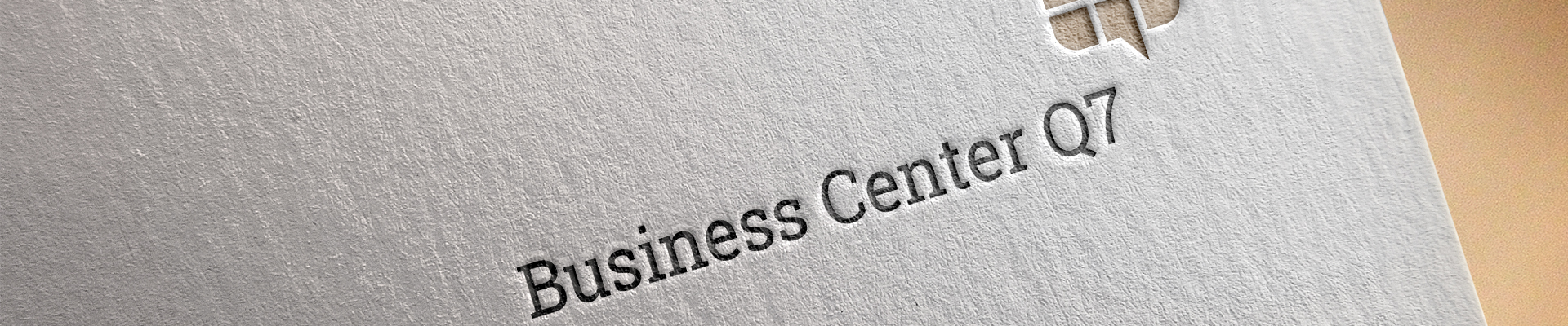 Business Center Logo auf Pappe
